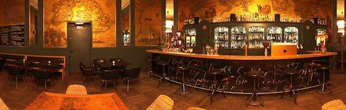 360-Grad-Innenaufnahme in der Goldenen Bar